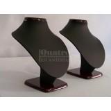 Expositor peto para collar y pendientes imitación piel, negro y base madera.