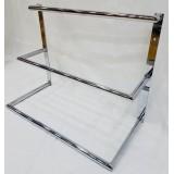 Expositor para pañuelos, cinturones y corbatas de metal.