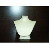 Expositor para collar y pendientes en cartón piedra con volumen..