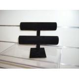 Expositor de  pulseras negro terciopelo 2 alturas circular.